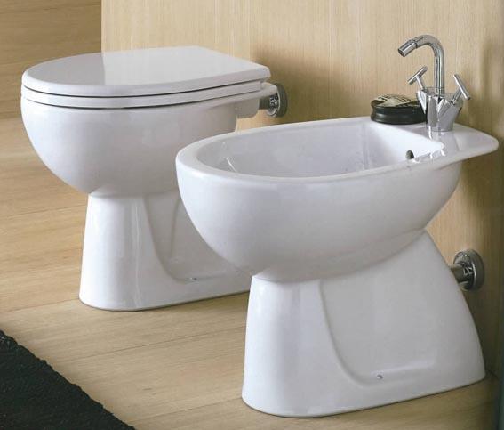 Sanitari salvaspazio modelli per bagni piccoli archistyle - Sanitari per bagno prezzi ...