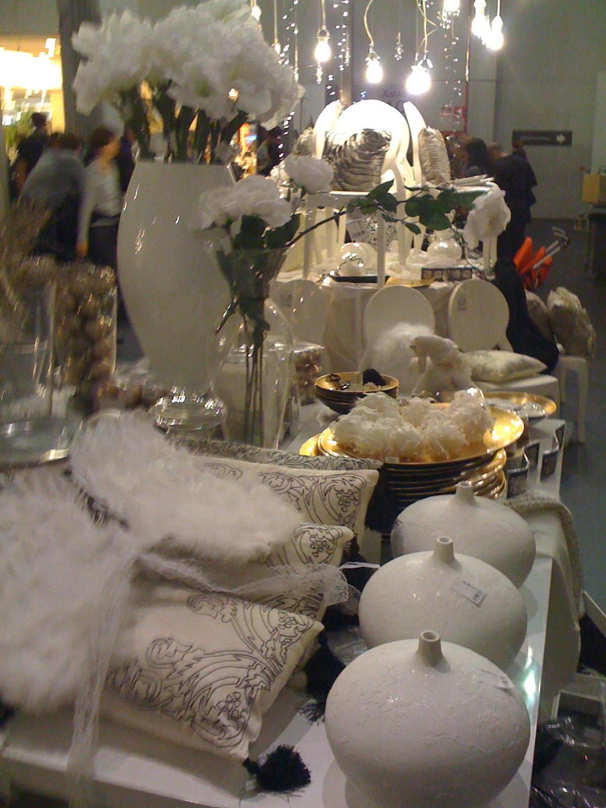 Ovvio natale 2010 addobbi e decorazioni natalizie for Oggettistica classica per la casa