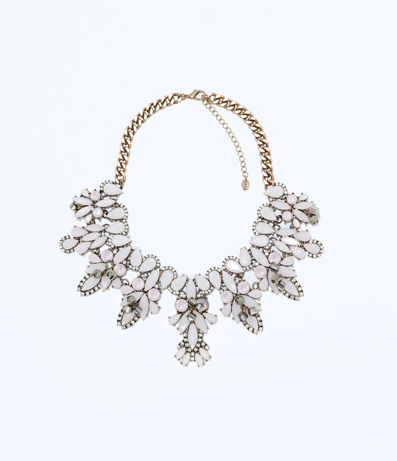 molto carino a9fbd 3f0cc Gioielli Zara: collane autunno inverno 2014- 2015   Archistyle