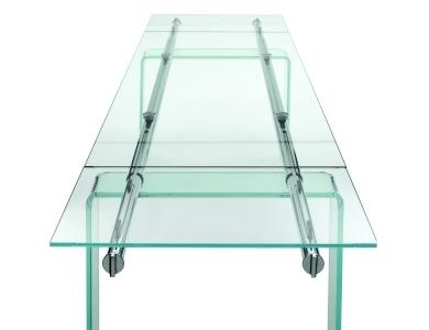 Tavoli allungabili modelli in cristallo e in legno - Tavolo ikea vetro ...